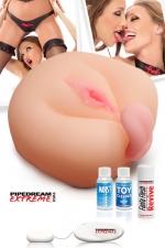 Masturbateur 1 on the cock and 1 on the balls : Baisez la première pendant que la seconde vous lèche les testicules...